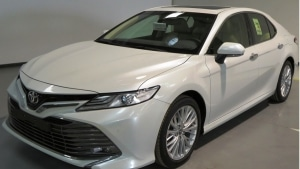Toyota Cambry 3.5L V6 Saloon (petrol)