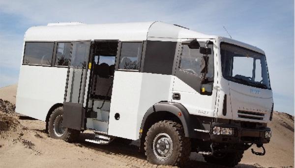 Iveco Eurocargo 5.9L Turbodiesel 4WD Desertbus 28S