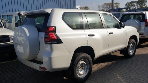 Toyota LandCruiser Prado TX-9 3.0L Diesel 4WD M/T SUV